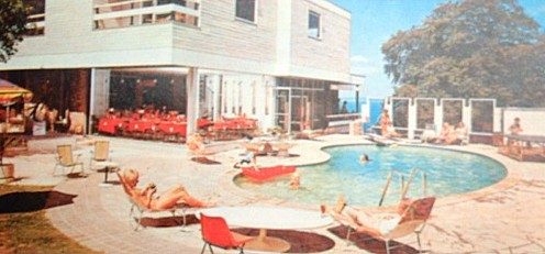 The swimming pool at the Gleneagles Hotel, Torquay, c1970